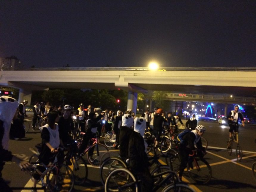 bikers in Chengdu